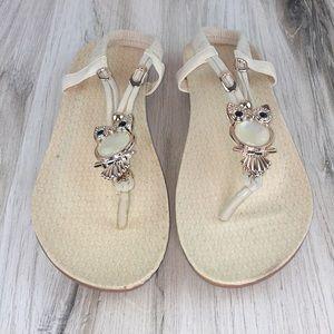 Owl Beige Sandals
